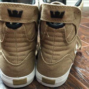 Supra Shoes - Kids Hightop Supra